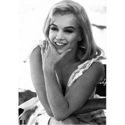 Carte Marilyn Monroe jeune - 10.5x15 cm