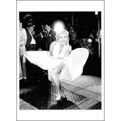 Carte Marilyn Monroe - La Robe Blanche - 10.5x15 cm