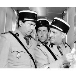 Affiche Le Gendarme de St Tropez - Funes Galabru Lefebvre - Dimension 24x30 cm