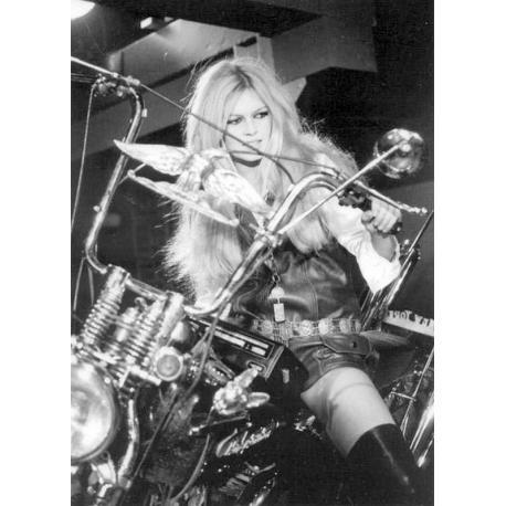 Affiche Brigitte Bardot - En Harley Davidson - Affiche 50x70 cm