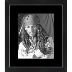 Affiche encadrée Pirates des Caraïbes - Dimension 24x30 cm